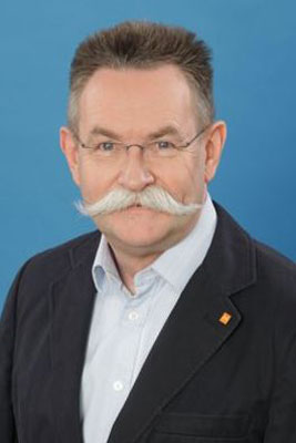Dr. Ulrich Böhmer