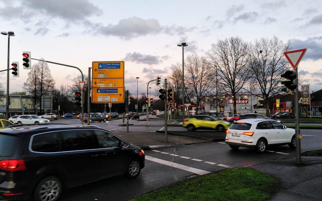 Fußgänger und Radler an Kreuzung stärken