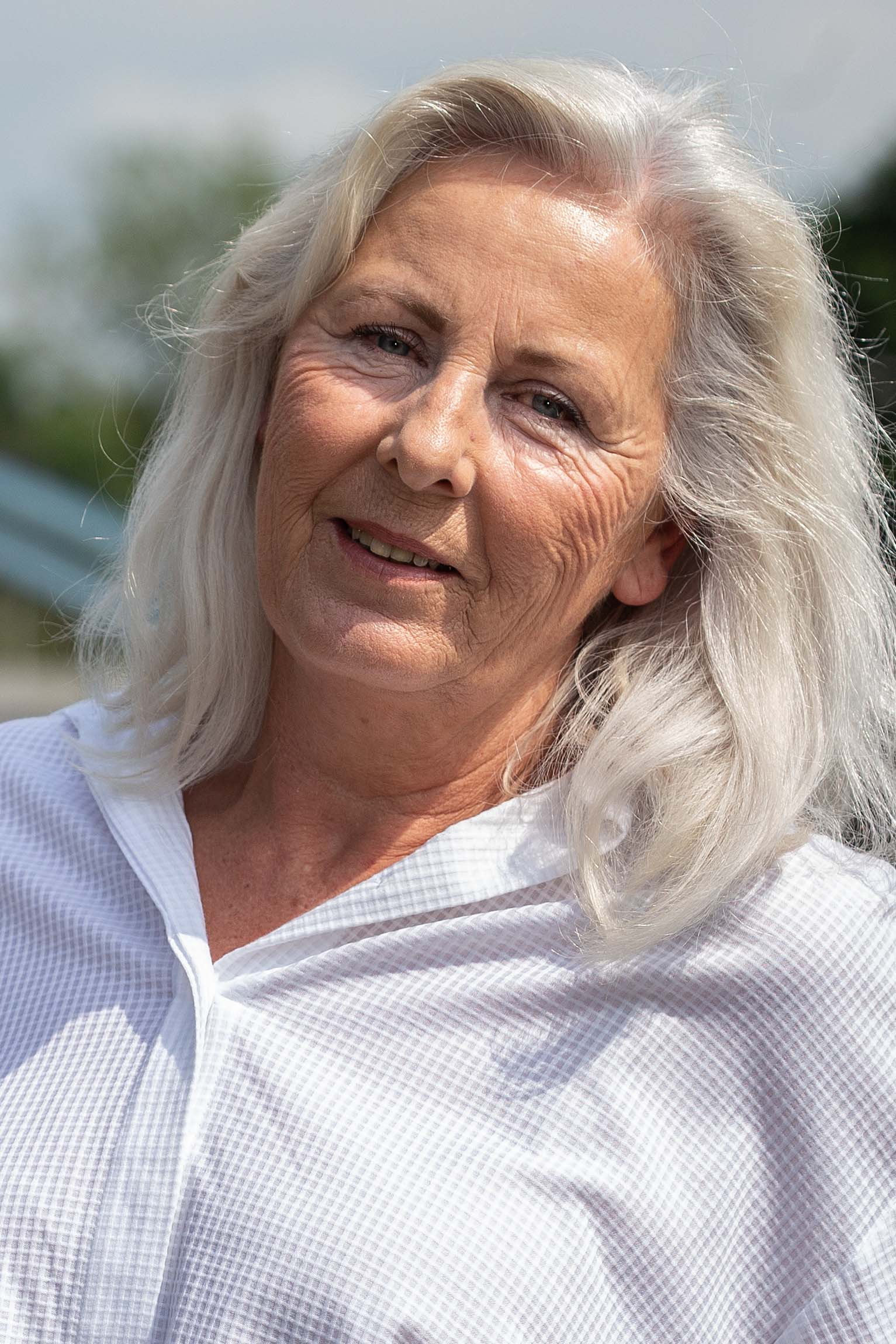Annette Aprill-Manns